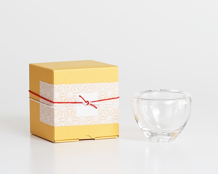 Double walled glass air lip from Sugahara and its exclusive box wrapped with Easy wrapping