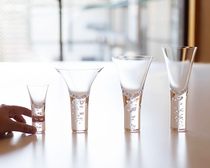"4 sizes of bubble cocktail glass in ""Mysterious rising bubbles"" series from Sghr"
