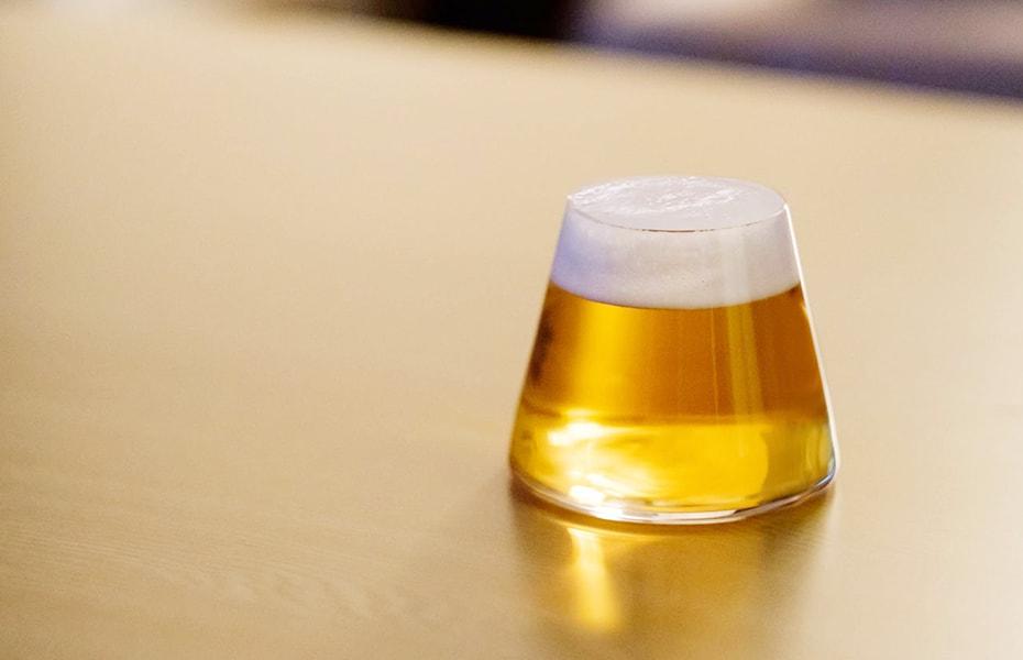 日本一の景色を眺めてほろ酔い気分 富士山グラス