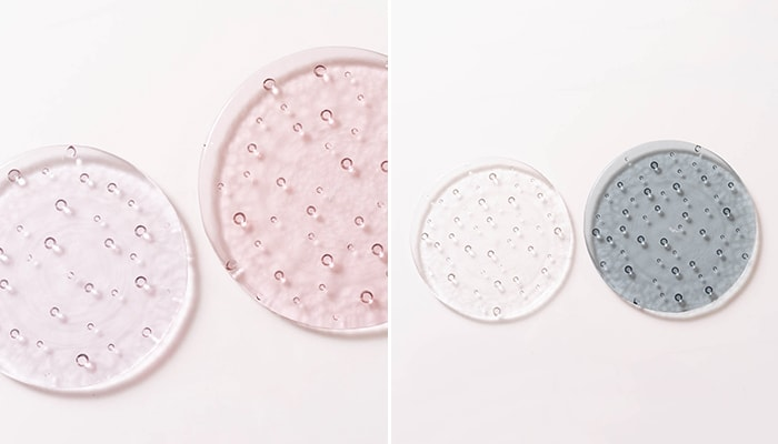 Examples of difference of colors and sizes of glass plates droplet