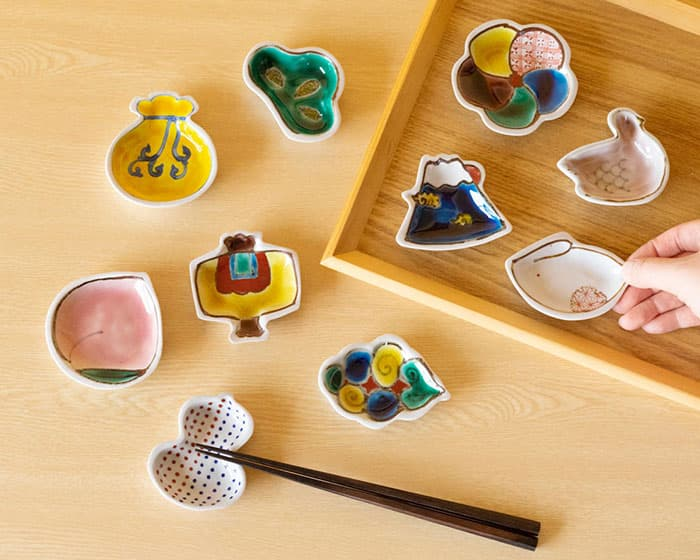 双鳩窯の豆皿 手のひら縁起は全部で10種類