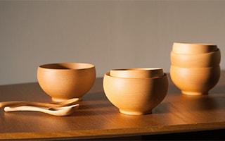 Meibokuwan, simple and beautiful wooden soup bowls