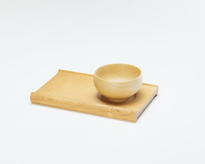 A set with wooden bread board SENRO with wooden bowl Meibokuwan