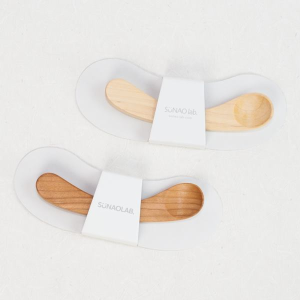 Cute package of wooden baby spoons of Sunao Lab
