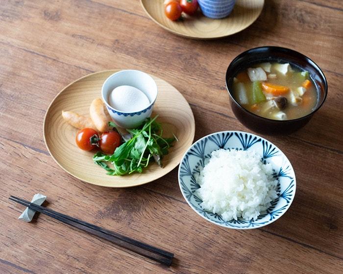 山桜ノ木皿を使った食卓
