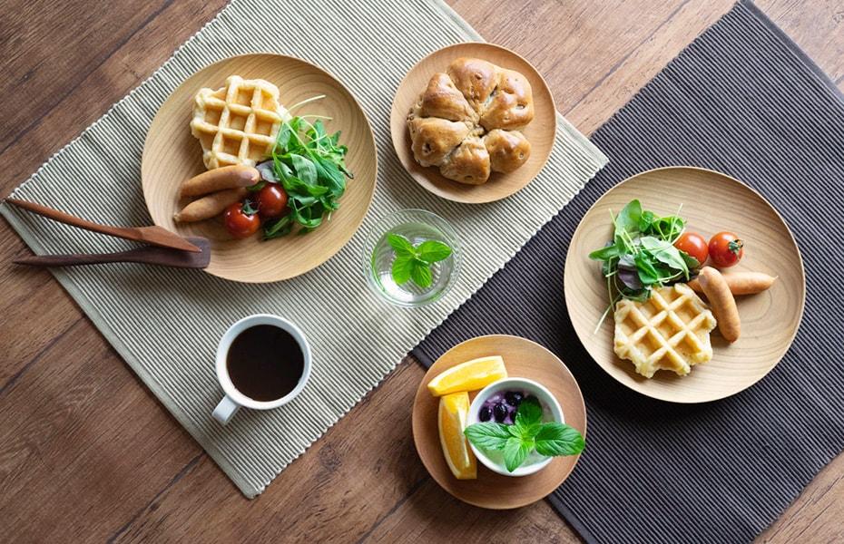 朝食が美味しくなる美しい木のお皿 山桜ノ木皿