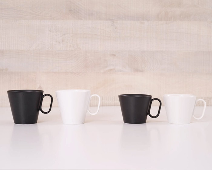2 Pairs of black and white coffee mugs from Wired Beans