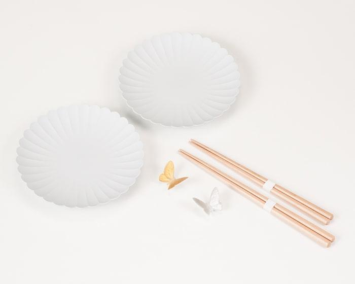 パレスプレート小ペアとバタフライ箸置きの夫婦箸セットの中身イメージ