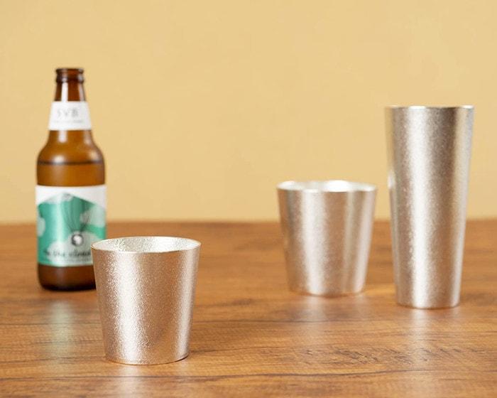 能作の錫のタンブラーとビアカップ