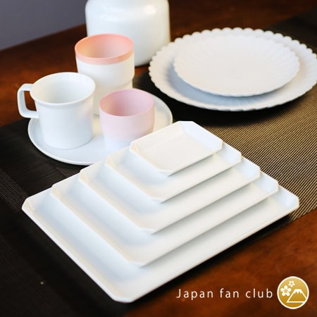 Various types of tableware of 1616/arita japan