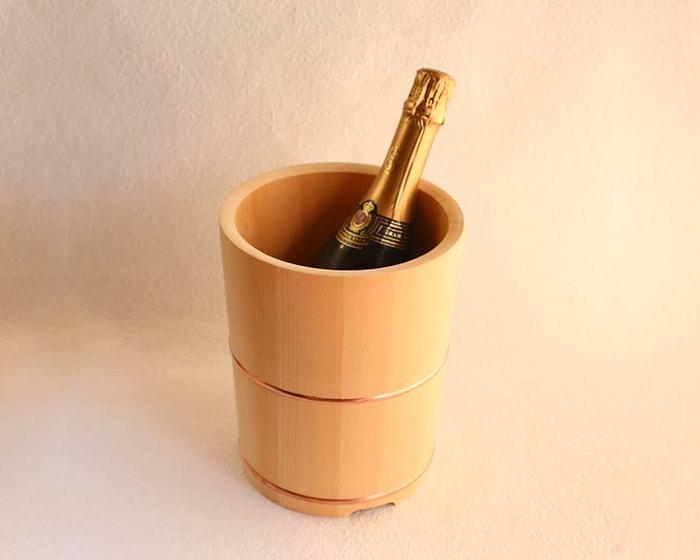 木桶のワインクーラー