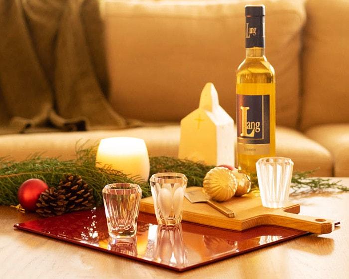 木村硝子のグラスやチーズボードを使用したクリスマスコーディネート