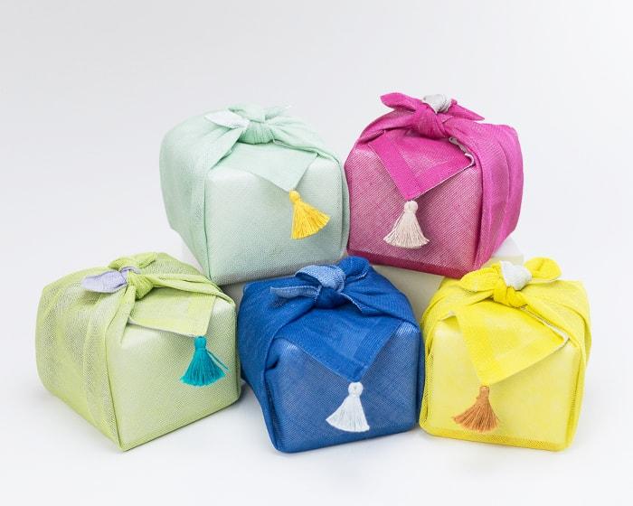 日本デザインストアのオリジナルラッピング ふきん包