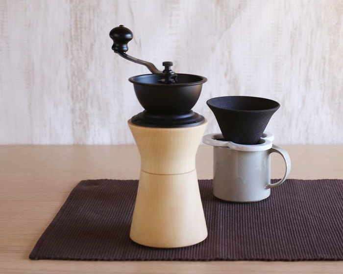 Manual coffee grinder from MokuNeji