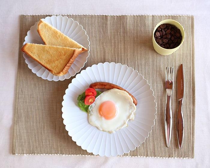 パレスプレートを使用した朝食