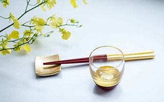 Luxurious shine Gold tableware with kinpaku