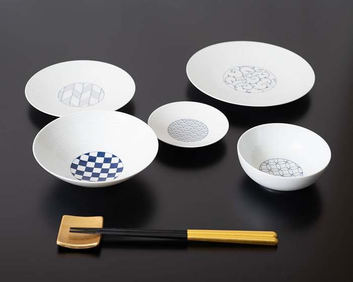Beautiful white porcelain of Eiho porcelain