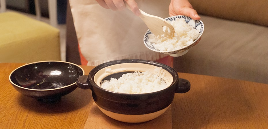 Delicious white rice with Kamado-san