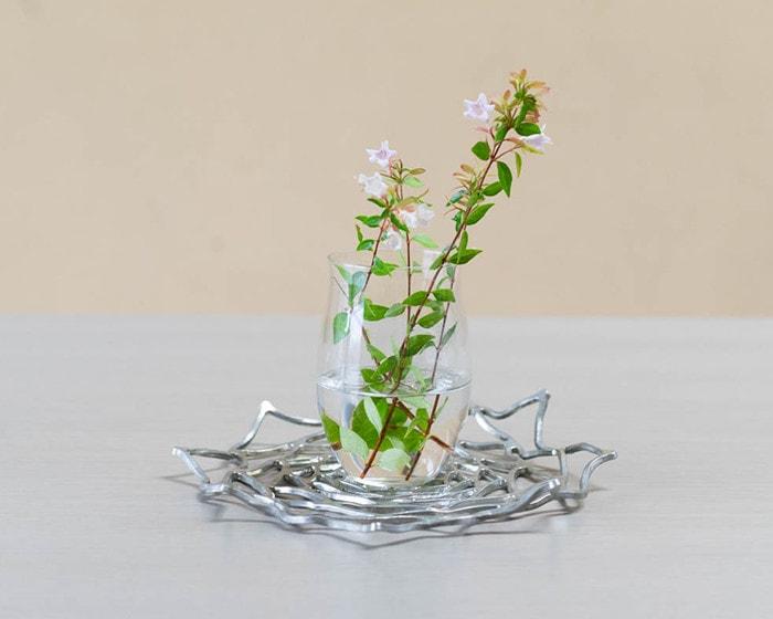 Use KAGO from Nousaku as vase coaster