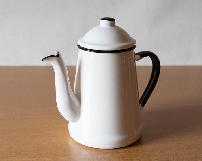 White L'ambre pot from Noda Horo