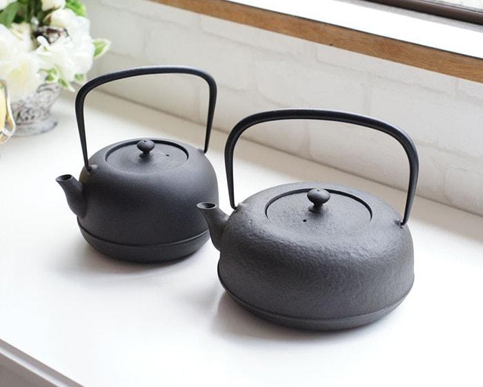 L and S kettle of Mizusawa Ubaguchi tetsubin from Azmaya