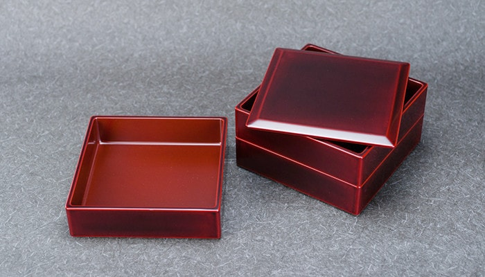 Lacquer box from Wajima Kirimoto
