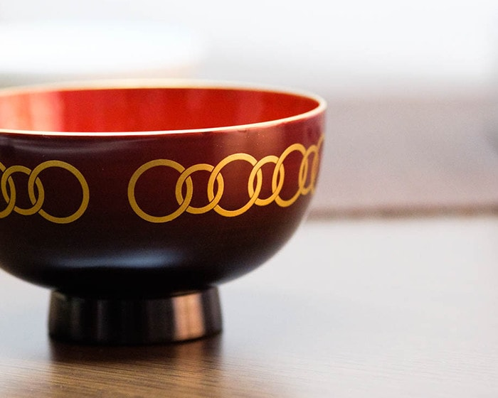 Surface of lacquerware bowl WAN from amabro
