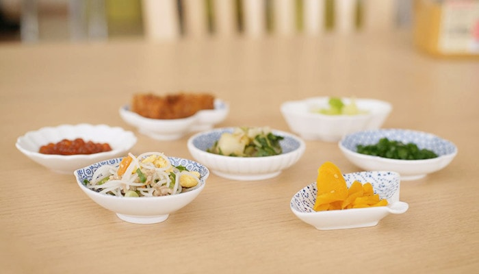 Various mamezara of Amaya with Japanese food