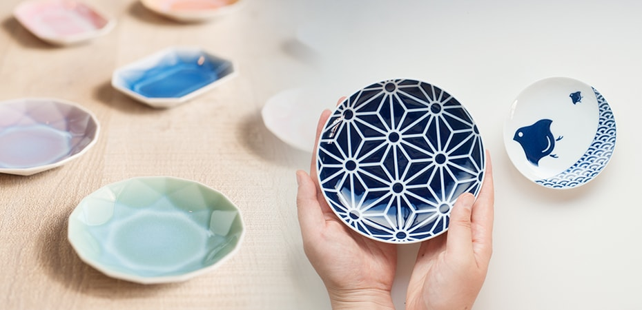 Cute and stylish Japanese tiny plates