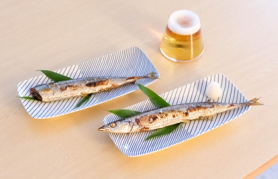 サンマや和食を美しく見せる!おしゃれな角皿