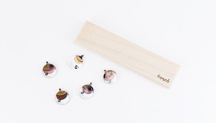 frescoの箸置きと専用の桐箱