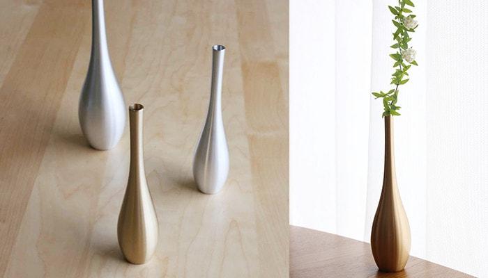 Flower vase Sorori on the table
