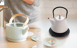 Have a relaxing time with stylish kyusu and teapot