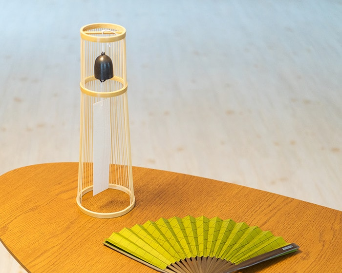 Tabletop wind bell from WDH and Dai-furyo fan on the table