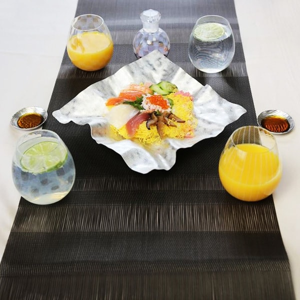 "Sushi Party set for 4 (suzugami ""arare""/ soy sauce cruet / glass)"