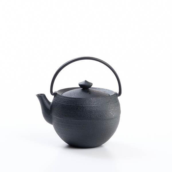 Chusin Kobo Cast iron teapot / Marutama S