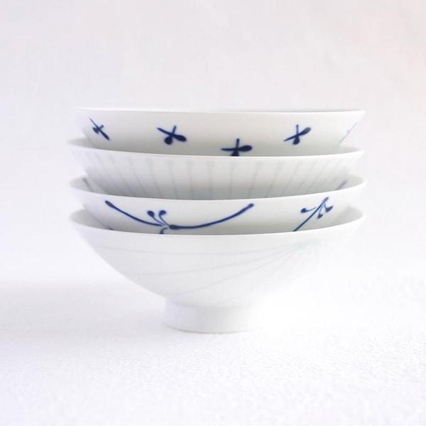 [Set of 4][Exclusive box] Flat rice bowls / Blue & White / Hakusan Toki