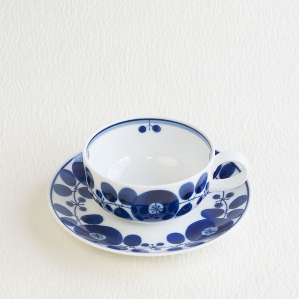 Teacup & saucer / Bloom series / Wreath / Hakusan Toki