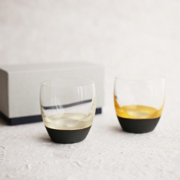 【セット】うるしの酒盃 丸型(銀黒、金黒ペア) ギフトボックス入/鳥羽漆芸