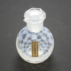 Soy Sauce Cruet/ Ichimatsu/ Taisho Roman Glass