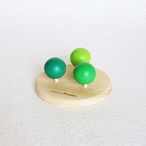 Wooden spinning tops / more Trees design_Image_1