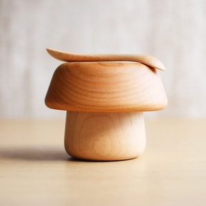 Mushroom wooden bowl and spoon for baby / Cherry tree / Sunao Lab_Image_1