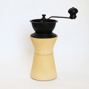 Coffee Mill/ MokuNeji_Image_1