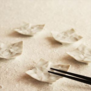 Chopstick Rest/ White/ CRINKLE Series