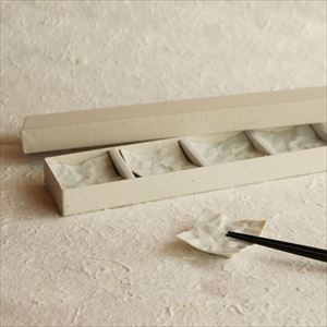 Chopstick Rest/ White/ CRINKLE Series_Image_3
