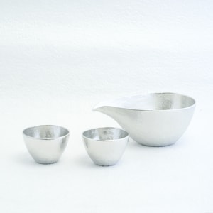 [Set][Exclusive box] 1 Katakuchi L Silver + 2 Guinomi Silver/ Paulownia box  _Image_1