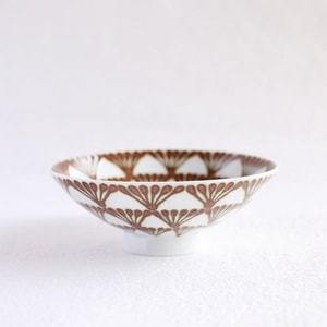 Flat rice bowl / Folk Brown Glossy Q-58 / Hakusan Toki