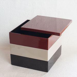 【セット】6.5寸三段重 紅・鈍・黒(仕切り&梅水引バンド付き)