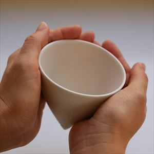 Tea Cup Gray/2016 Christian Haas_Image_2
