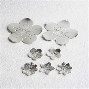[Set] 2 Tin Flower trays (Japanese plum & Japanese cherry) + Chopstick Rest set (Flowers) / Nousaku